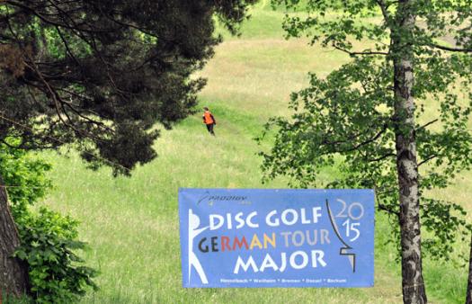 Der Hausberg Gögerl mit der ältesten Die Prodigy-GermanTour-Major in Weilheim dürfte den ältesten deutschen parcours wieder ins Rampenlicht des Discgolfs befördert haben..