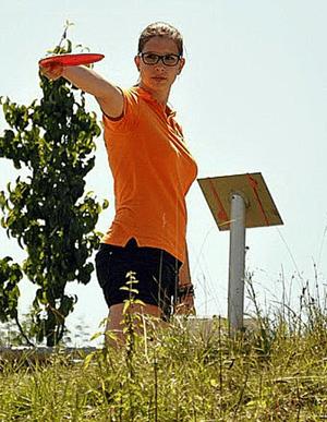 Hält sie durch, wovon natürlich ausgehen, dann ist Maren Mossig nach Kalamazoo das Vorbild aller discgolfenden Mädchen in Deutschland.