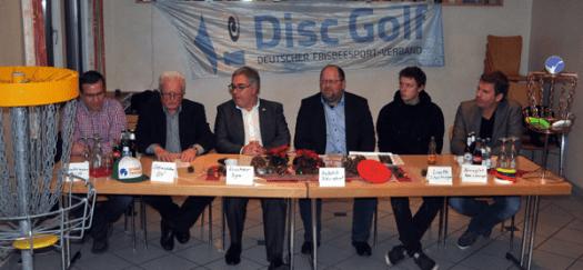 Das DM-Projekt in Bruchhausen stellten im Pressespräch Christof Guntermann (v. l.), Karl-Josef Steinrücken, Bürgermeister Wolfgang Fischer, Werner Szybalski, Simon Lizotte und Ralf Bövingloh vor.